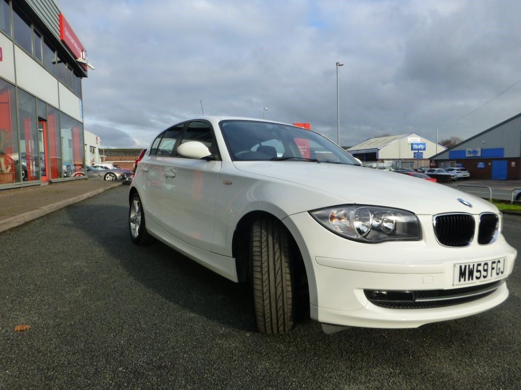 used white bmw 116d for sale cheshire. Black Bedroom Furniture Sets. Home Design Ideas