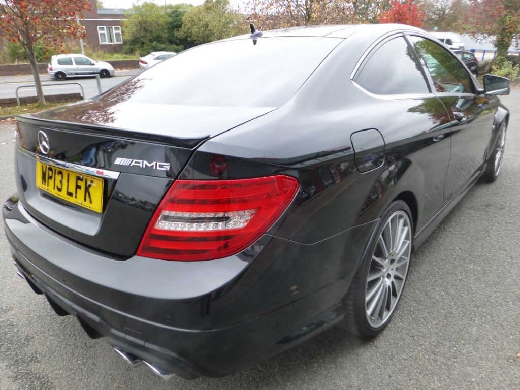 Used black mercedes c63 amg for sale cheshire for Mercedes benz c63 amg for sale
