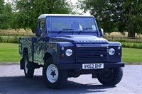 Used Land Rover Defender 110 LWB Hi Capacity PickUp TDCi (2.2)