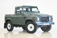 Used Land Rover Defender 90 SWB PickUp TDCi (2.2)