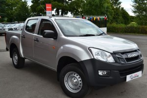 used Isuzu D-Max 2.5 Utility Double Cab 4X4 in macclesfield-cheshire