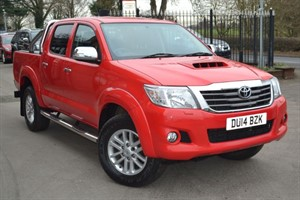 used Toyota Hilux INVINCIBLE 4X4 D-4D DOUBLE CAB in macclesfield-cheshire