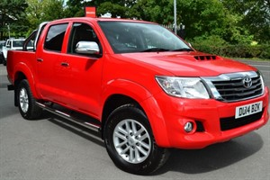 used Toyota Hilux HI-LUX INVINCIBLE 4X4 D-4D DCB in macclesfield-cheshire
