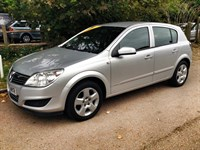 Used Vauxhall Astra VVT Club Auto 5dr - A/C Low Mileage
