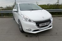 Used Peugeot 208 ALLURE HDI £FREE RFL, 74.3 MPG Combined, Top Spec Model, Blue