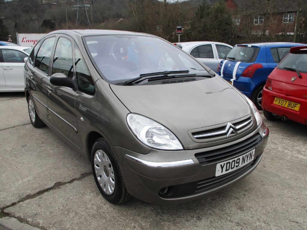 used brown citroen xsara picasso for sale glamorgan. Black Bedroom Furniture Sets. Home Design Ideas