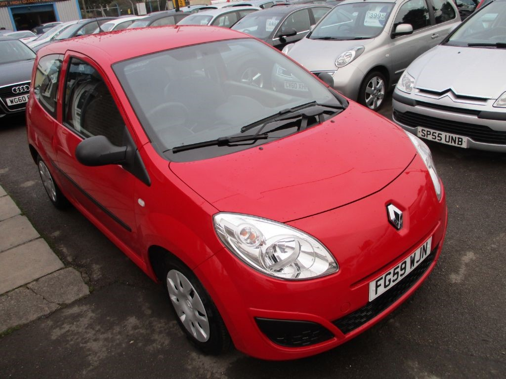 used red renault twingo for sale glamorgan. Black Bedroom Furniture Sets. Home Design Ideas