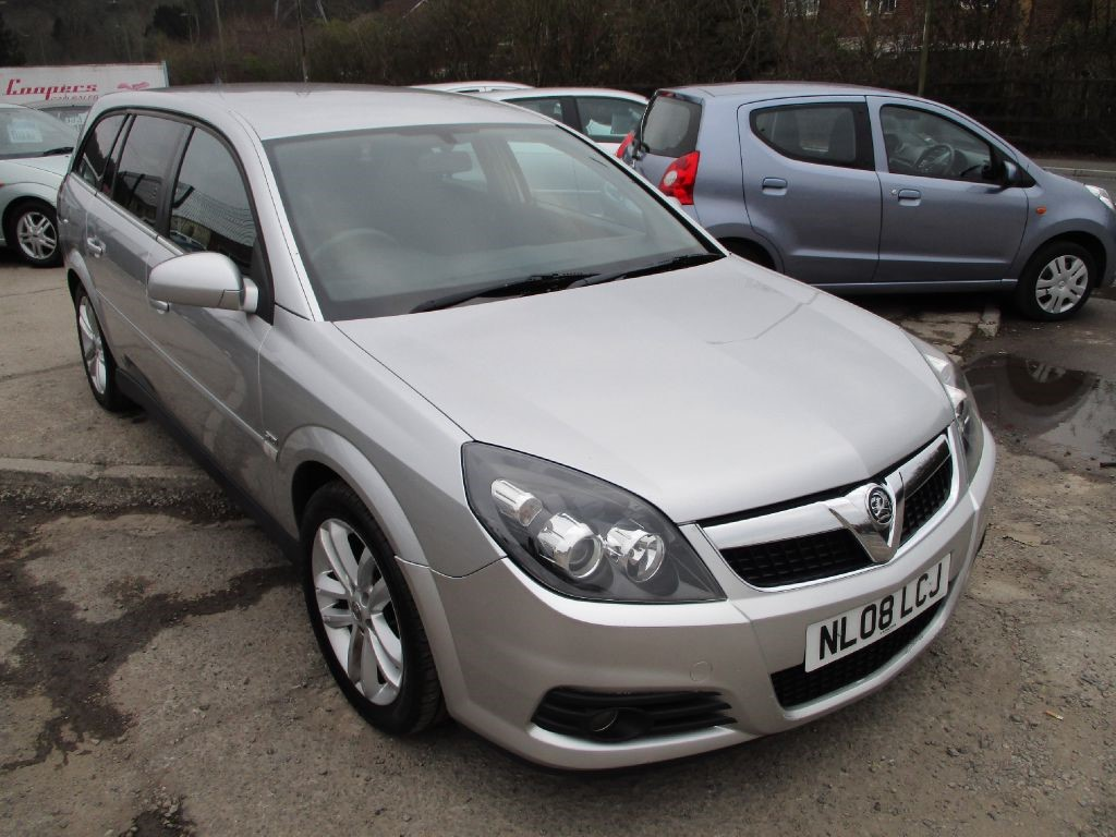 used silver vauxhall vectra for sale glamorgan. Black Bedroom Furniture Sets. Home Design Ideas