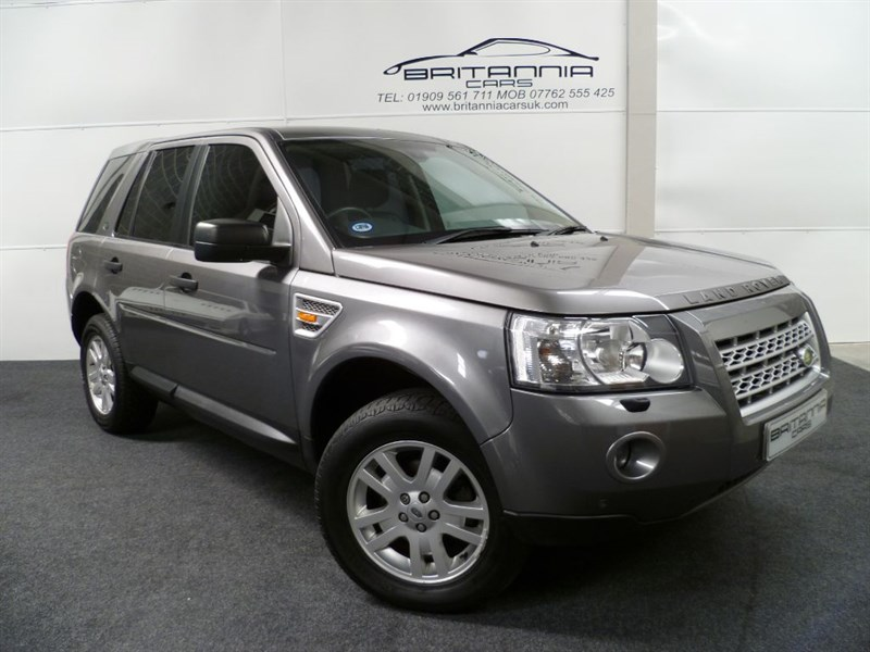 used Land Rover Freelander TD4 SE FULL LEATHER UPHOLSTERY in sheffield-for-sale