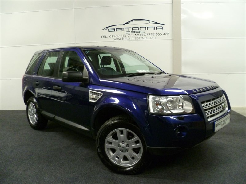 used Land Rover Freelander TD4 E XS WITH NAV & HALF LEATHER in sheffield-for-sale