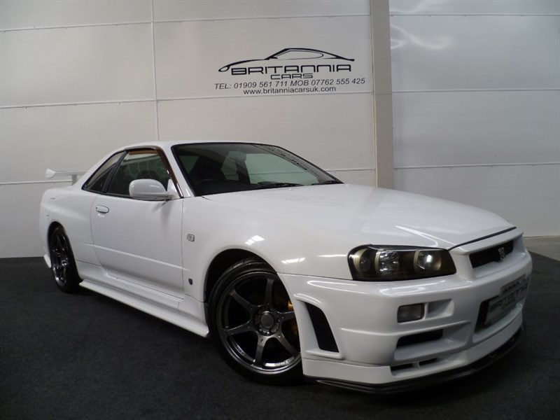 used Nissan Skyline R34 GT-R V-SPEC WITH A FULL NISMO BODYKIT in sheffield-for-sale