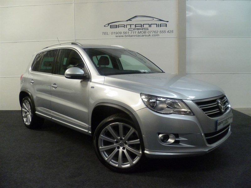 used VW Tiguan R LINE TSI 4MOTION ONE OWNER FROM NEW in sheffield-for-sale