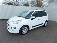 Citroen C3 Picasso 16HDI EXCLUSIVE 5DR 1 private ownwer Full Citroen History