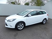 Ford Focus 16 ZETEC ESTATE AUTO AO13UDM 1 private owner Full Ford History