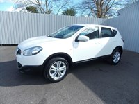 Nissan Qashqai 16 ACENTA 5DR 1 private owner Full Peugeot History