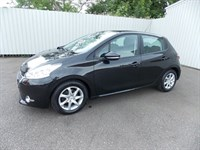 Peugeot 208 14 Active 5dr One private owner Full History