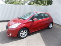 Peugeot 208 14 ACTIVE 5DR YH12 TZA One private owner full service history