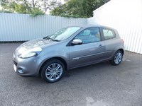 Renault Clio 11 Dynamique TomTom 16V 3DR One private owner full service history