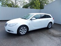Vauxhall Insignia 20CDTI SRI Sports Tourer YD61GEY One private owner full service history