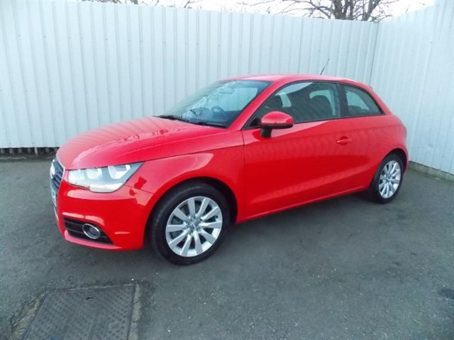 Click here for more details about this Audi A1 14 TFSI SPORT 3DR AUTOMATIC 1 private owner Full Audi History