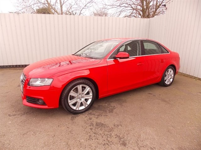Click here for more details about this Audi A4 20TDI SE 4DR DIESEL 1 private owner Full Audi History