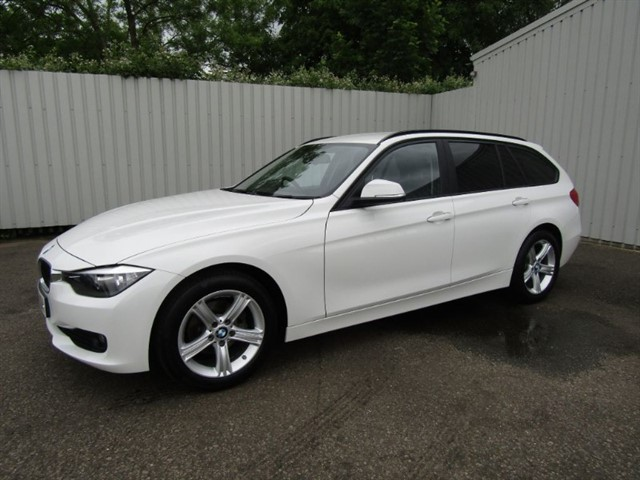 used BMW 316d 2.0 SE Touring 5dr Diesel Automatic White