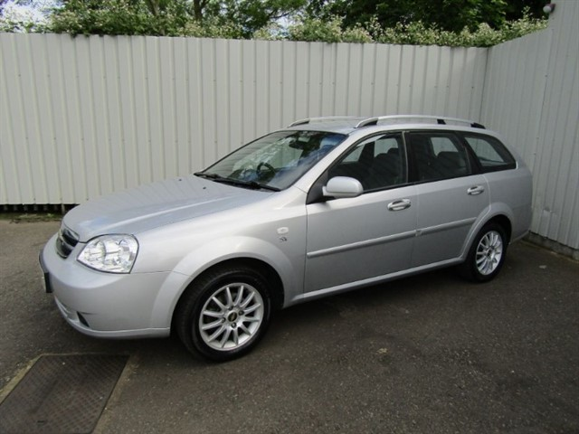 used Chevrolet Lacetti 1.6 SX 5dr Estate Silver