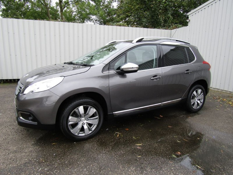 peugeot 2008 1 6 e hdi allure fap 5dr diesel automatic grey for sale sleaford lincolnshire. Black Bedroom Furniture Sets. Home Design Ideas