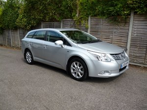 used Toyota Avensis TR VALVEMATIC 17,000 MILES FROM NEW in west-malling-kent-for-sale