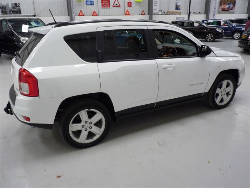 used white jeep compass for sale south yorkshire. Black Bedroom Furniture Sets. Home Design Ideas