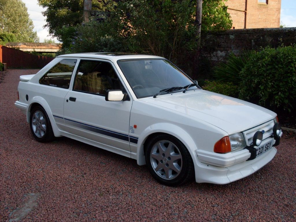 ford escort old fords and classic cars wanted petrol manual red