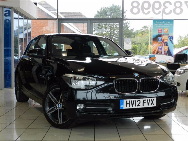 BMW 118d 1 SERIES Sport 5dr