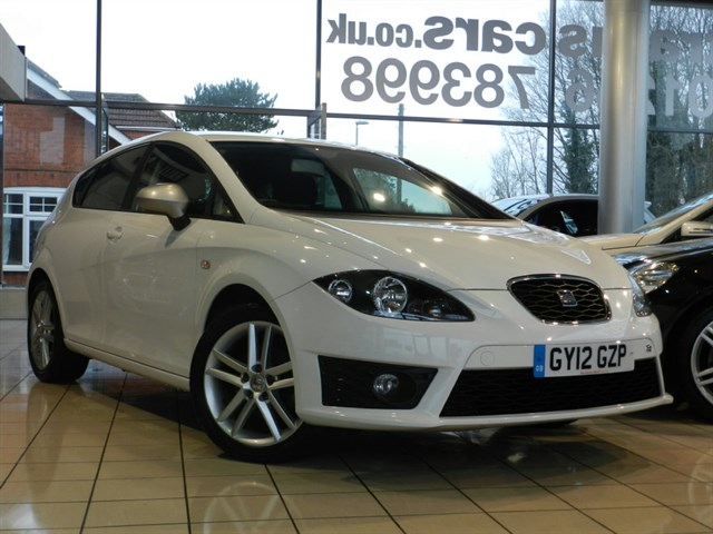 SEAT Leon FR 5dr SATELLITE NAVIGATION