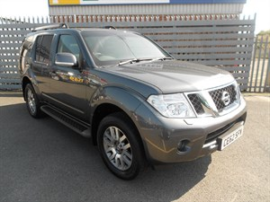 used Nissan Pathfinder DCI TEKNA in cwmbran-gwen-south-wales