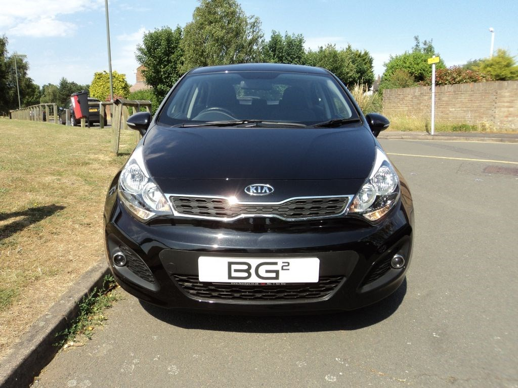 kia rio2 kia warranty to march 2019 for sale epsom downs surrey belmont garage. Black Bedroom Furniture Sets. Home Design Ideas