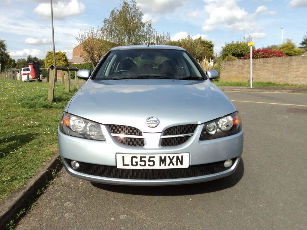 nissan almera se one owner full history for sale epsom downs surrey belmont garage. Black Bedroom Furniture Sets. Home Design Ideas