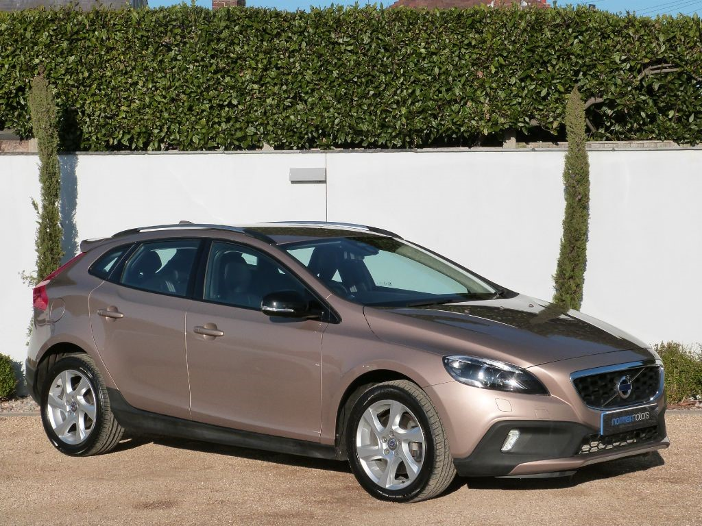 used bronze volvo v40 for sale dorset. Black Bedroom Furniture Sets. Home Design Ideas