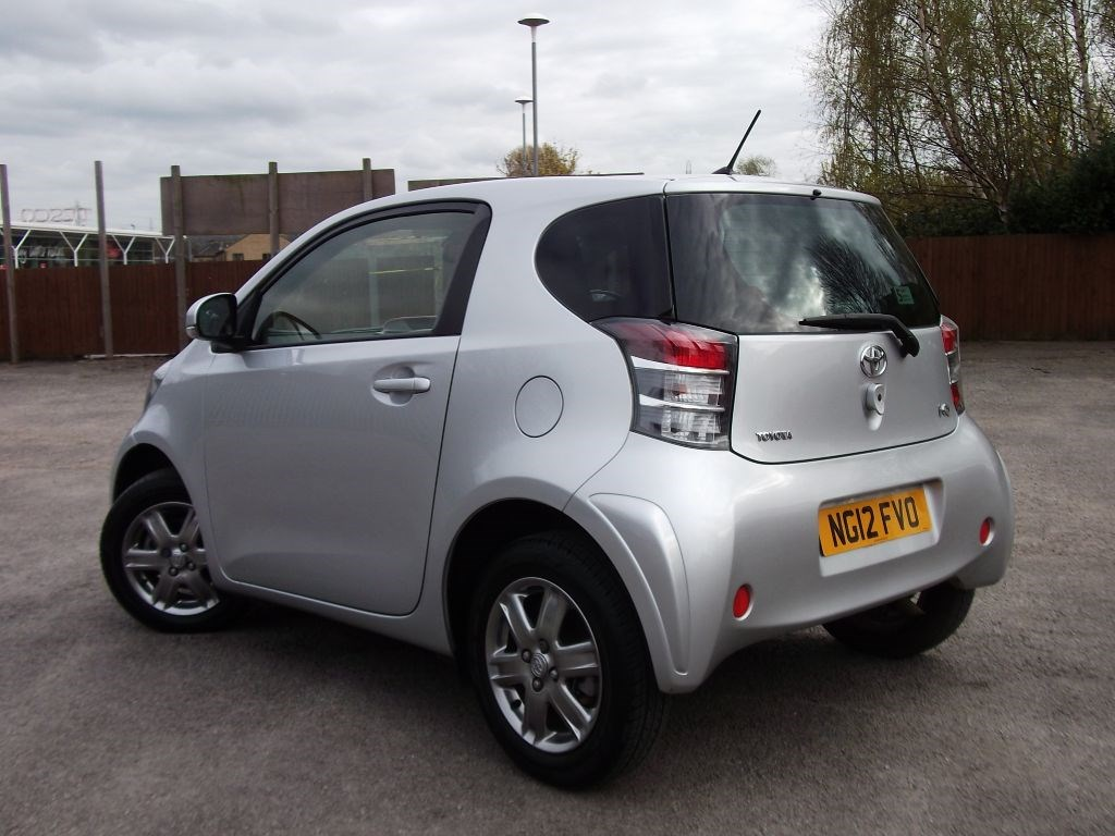 toyota iq vvt i iq2 for sale brighouse west yorkshire j c bates. Black Bedroom Furniture Sets. Home Design Ideas