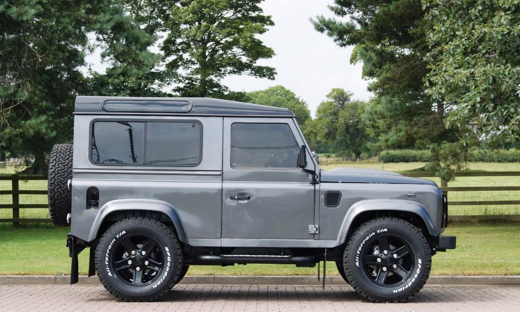 Used Land Rover Defender Defender 90 Xs Station Wagon