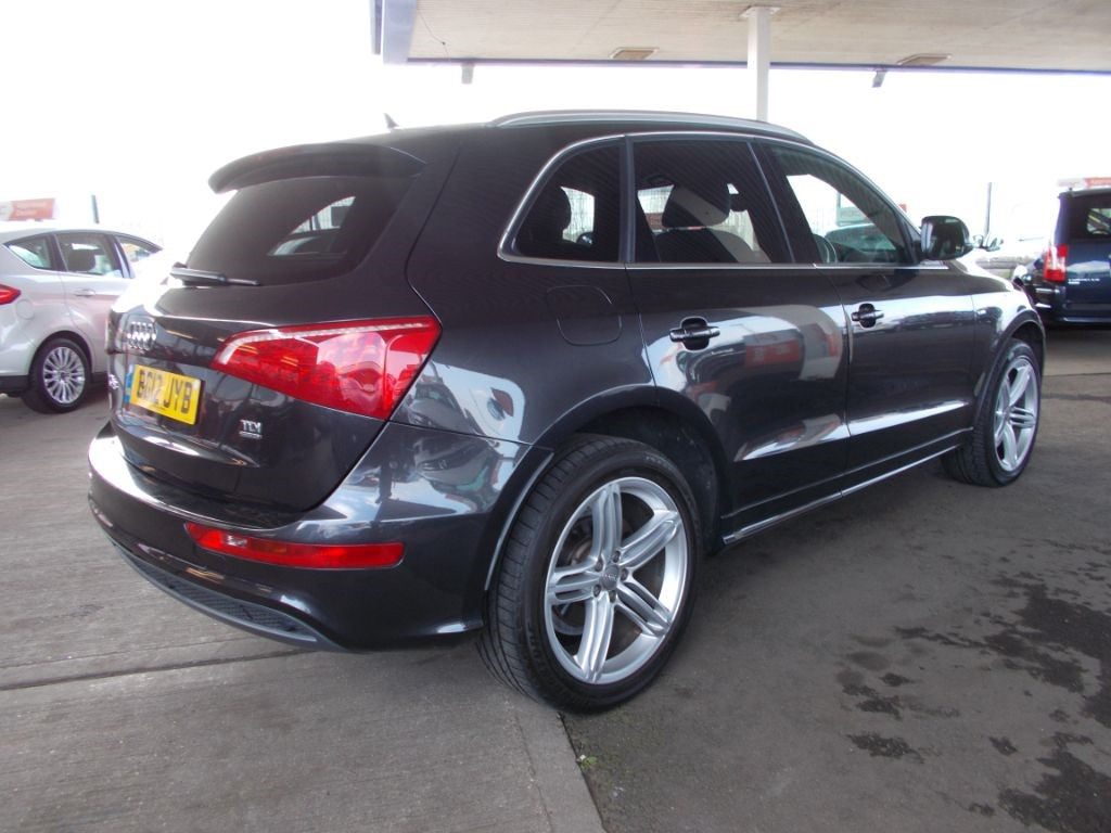 used grey audi q5 for sale bedfordshire. Black Bedroom Furniture Sets. Home Design Ideas