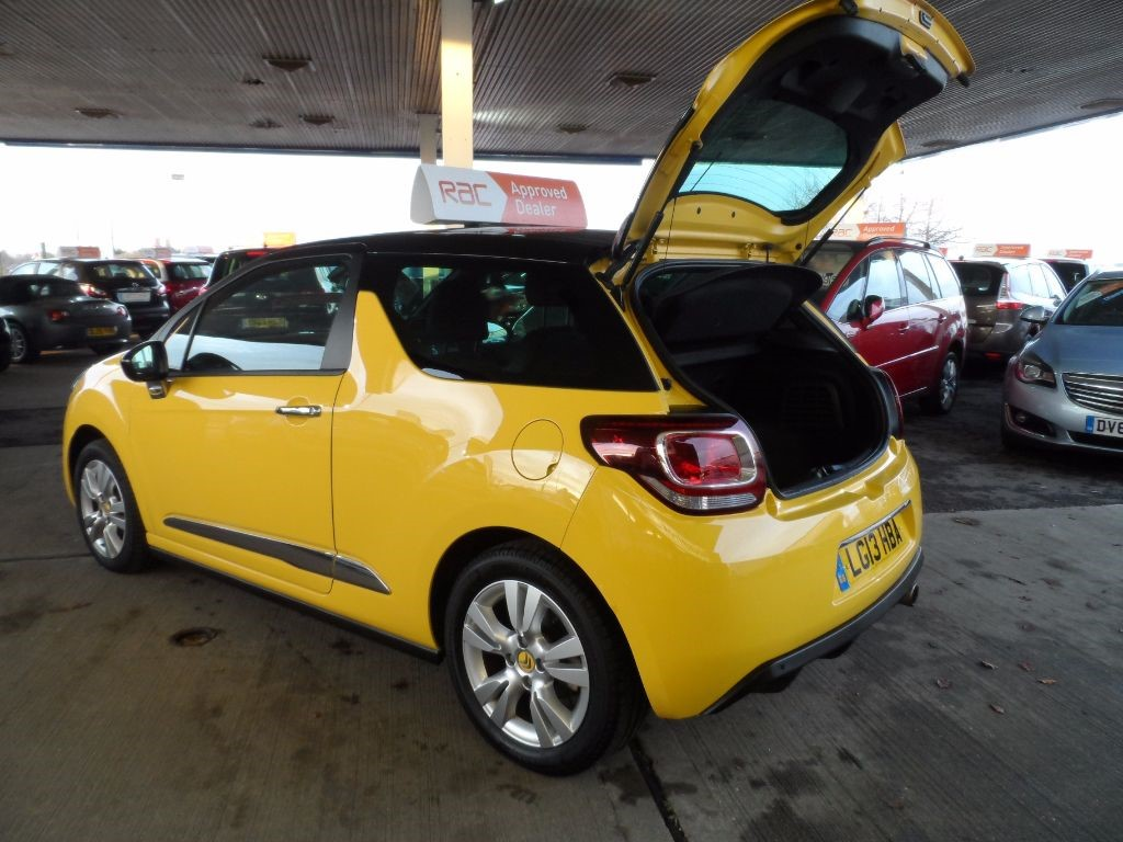 used yellow citroen ds3 for sale bedfordshire. Black Bedroom Furniture Sets. Home Design Ideas