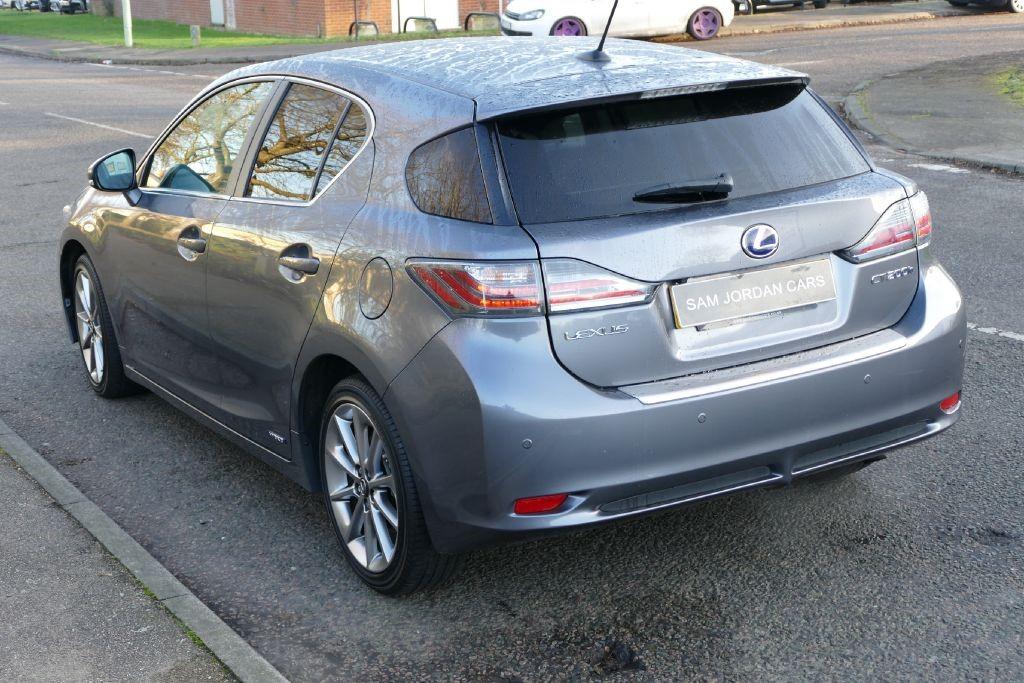 lexus-ct-ct-200h-hatchback-hybrid_35857309.jpg