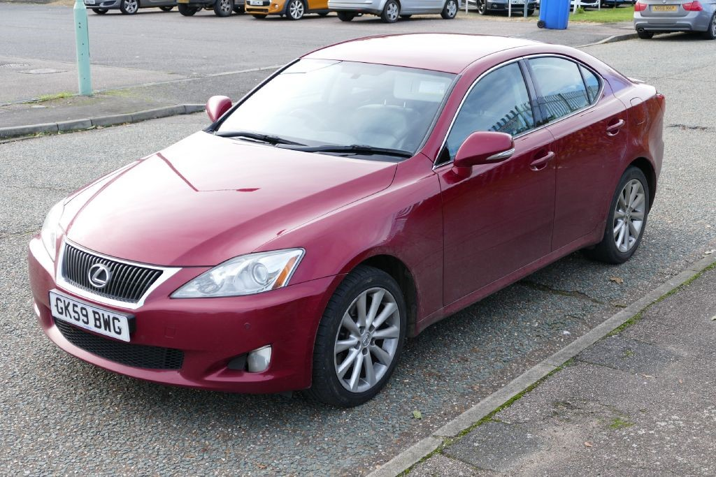 used lexus is 220d for sale bury st edmunds suffolk. Black Bedroom Furniture Sets. Home Design Ideas