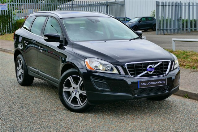 used Volvo XC60 D4 SE LUX AWD in bury-st-edmunds-suffolk
