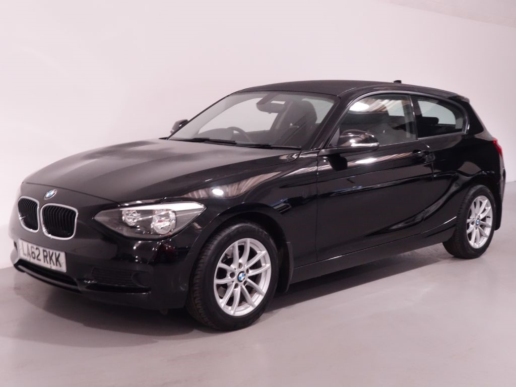 used black bmw 114i for sale hampshire. Black Bedroom Furniture Sets. Home Design Ideas