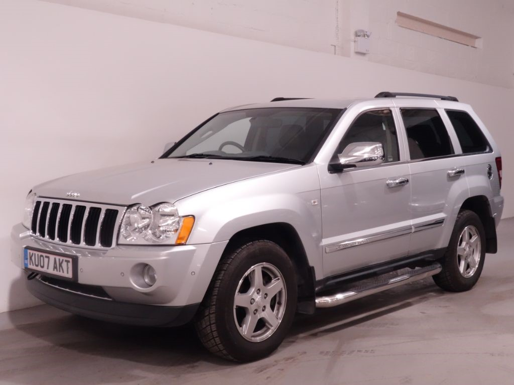 used silver jeep grand cherokee for sale hampshire. Black Bedroom Furniture Sets. Home Design Ideas