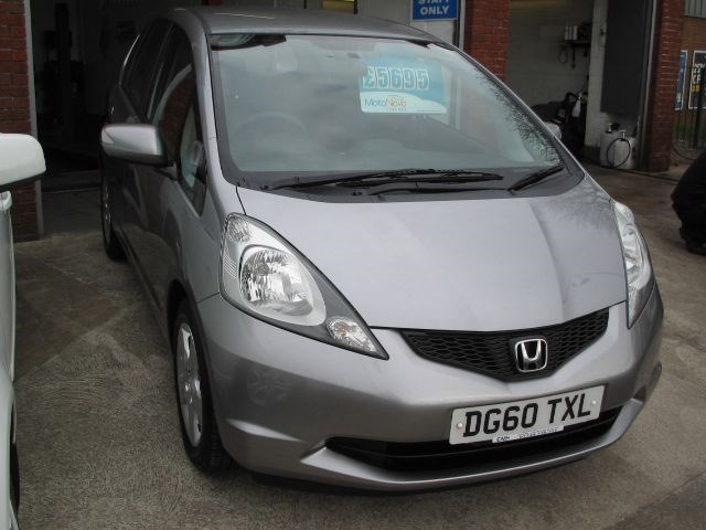Honda Jazz I-VTEC ES