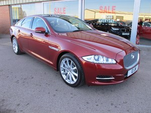 used Jaguar XJ 3.0d V6 Luxury 4dr Auto ONE OWNER LOW MILEAGE in louth