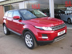 used Land Rover Range Rover Evoque 2.2eD4 Pure 5dr 2WD in louth