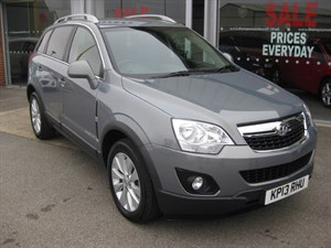used Vauxhall Antara Exclusiv 2.2CDTi 16v 4x4 163PS Auto in louth